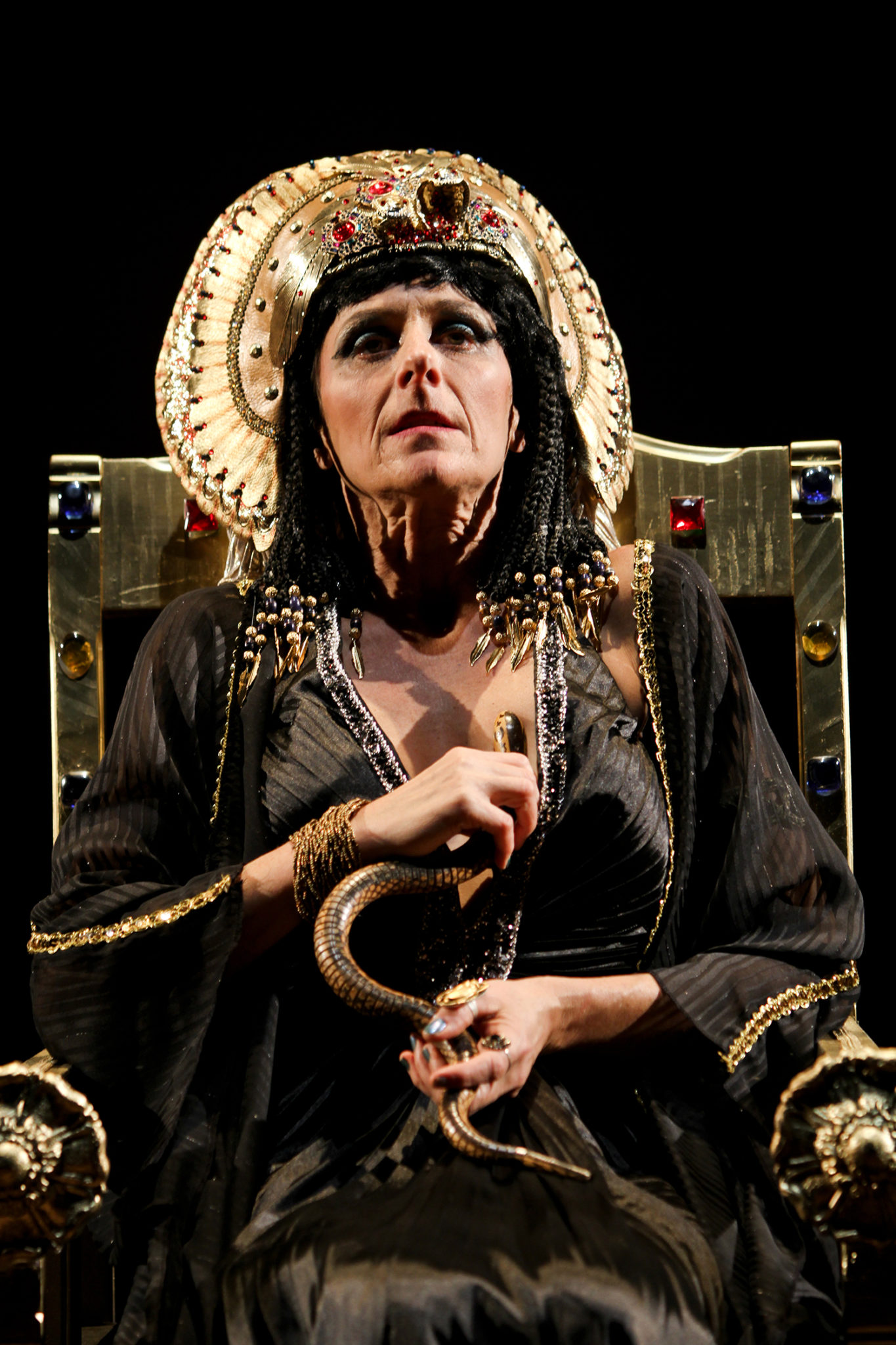 who is cleopatra Cleopatra cleo smith is the clone of cleopatra vii of egypt she is the secondary anti-protagonist after jfk and the primary love interest of abe lincoln.